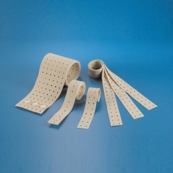 EKG končatinový pás (15 × 40 mm, 1 rad otvorov)